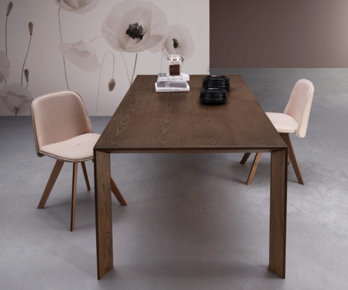 Tavoli e sedie di design by natisa azienda certificata e for Tavoli design milano